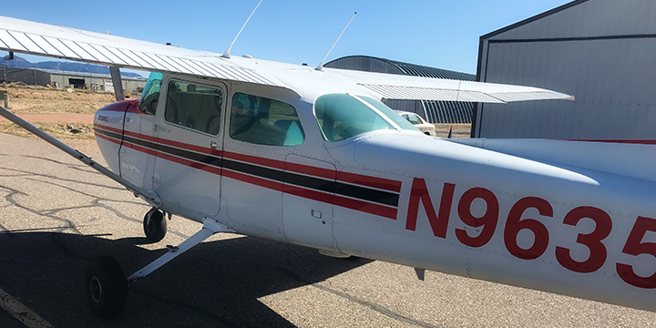 hi-five design, hi-five, hi-five to flying airplanes, hi-five to flying, airplane license colorado springs, cessna 172