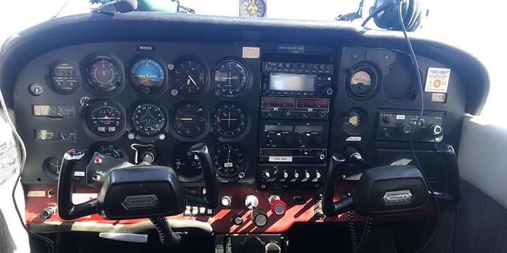 hi-five design, hi-five, hi-five to flying airplanes, hi-five to flying, airplane license colorado springs, cessna 172